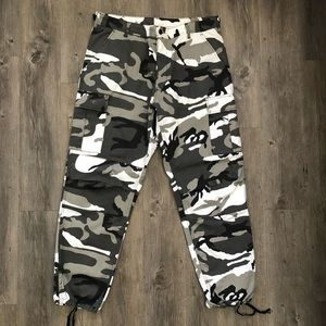 Other - Large Camo Cargo Pants